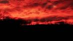 Μυστηριώδης ήχος από τον ουρανό τρομάζει ανθρώπους σε όλον τον πλανήτη